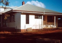 37 Brown Cottage at Garra