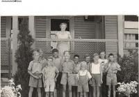 8 Canary Cottage Boys