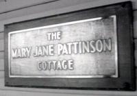 1355 Red Cottage Plaque