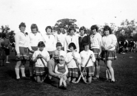 1161 Girld Hockey Team 1964