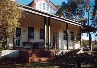 13 Lilac Cottage