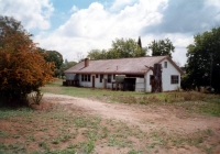 22 Rear view of Molong Cottage 2002
