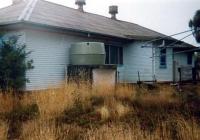 qMort Cottage q